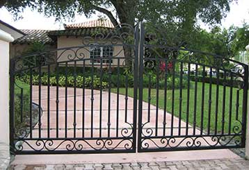 Basic Facts About Swing Gates | Gate Repair Malibu, CA