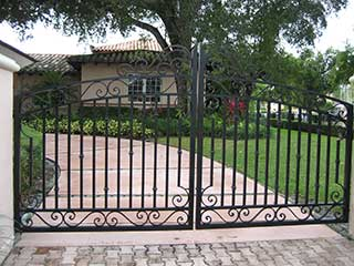 Facts About Swing Gates | Gate Repair Malibu, CA